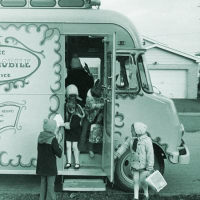 First Bookmobile w kids